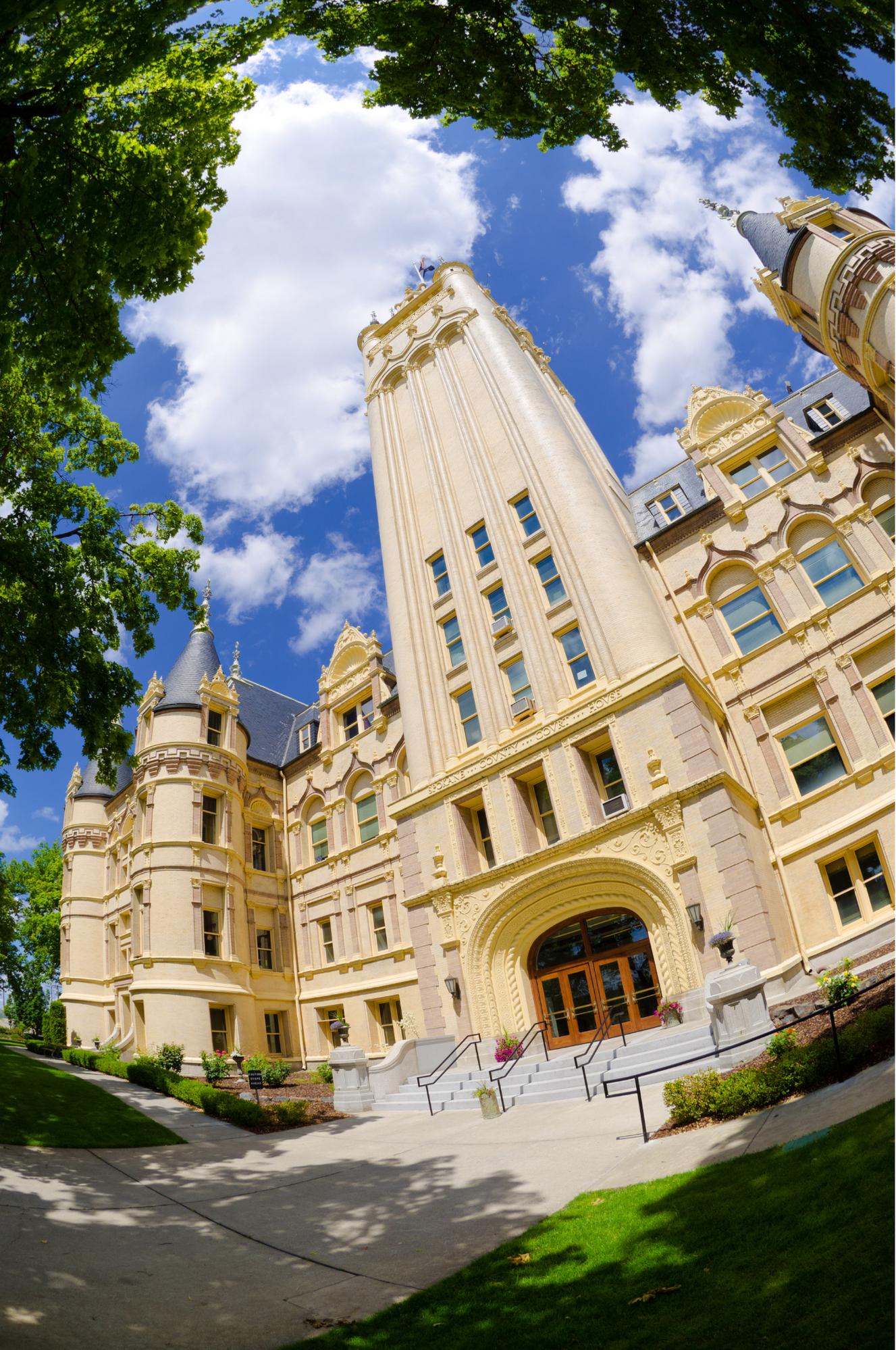 Photo of the Spokane County Courthouse